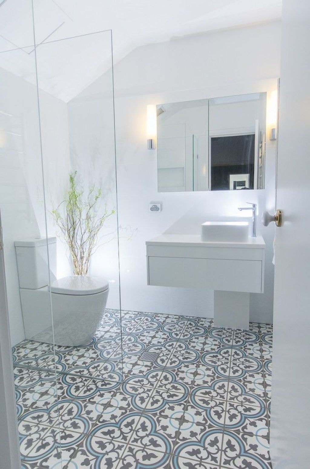 70+ Tiles Ideas for Small Bathroom - Get more Ideas in our gallery | #smallbathroom #bathroomdecoration #bathroomideas #bathroomtiles #bathroomdecor #homedecor (66)
