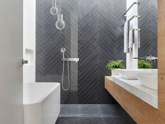 70+ Tiles Ideas for Small Bathroom - Get more Ideas in our gallery | #smallbathroom #bathroomdecoration #bathroomideas #bathroomtiles #bathroomdecor #homedecor (77)
