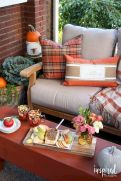 Fall Porch Décor Ideas in Cozy and Cool Style (24)