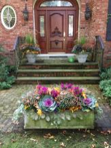 Fall Porch Décor Ideas in Cozy and Cool Style (26)