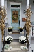 Fall Porch Décor Ideas in Cozy and Cool Style (30)