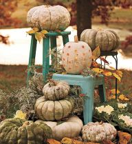 Fall Porch Décor Ideas in Cozy and Cool Style (44)