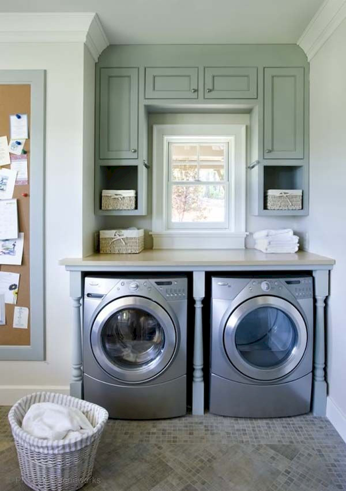 55 Best Small Laundry Room Photo Storage Ideas (47)
