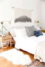 Affrodable Minimalsit Bedroom Ideas with Ultra Cozy Bed Designs Part 3