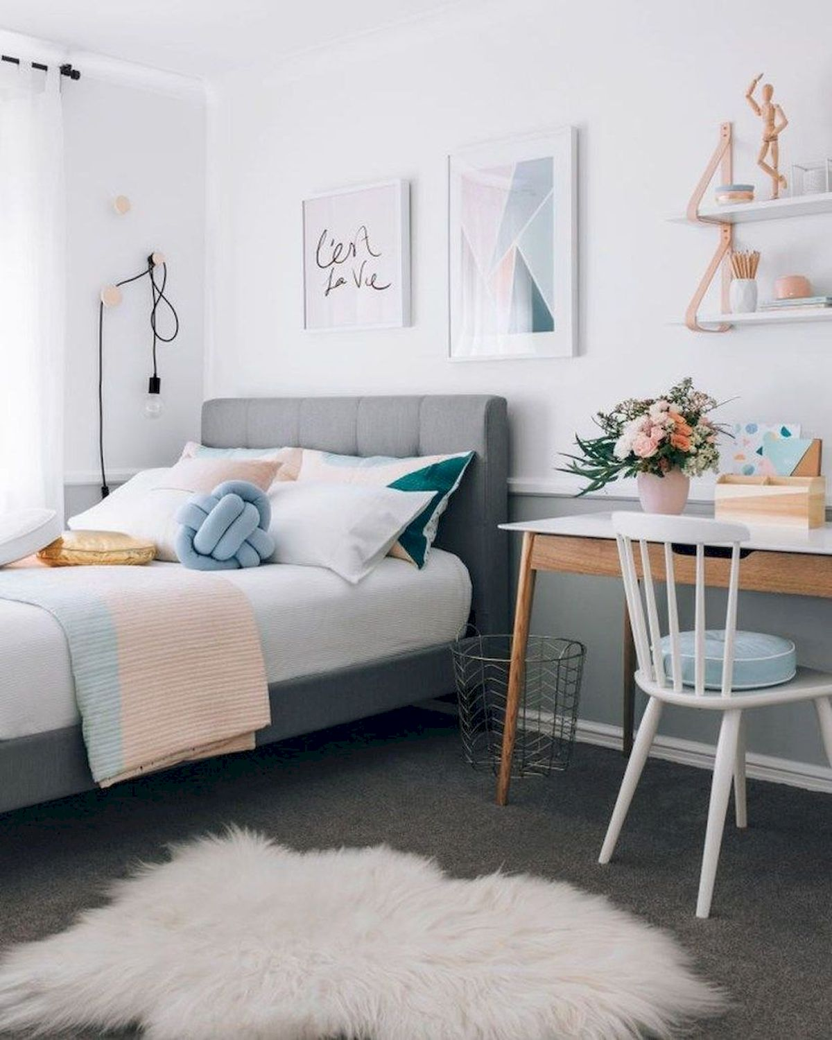 Awesome Small Bedroom Decorating Ideas On A Budget (20)