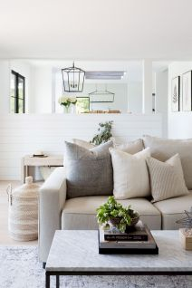 Best Living Room Design with Modern and Cozy Appeal Part 19