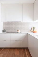 Bright Kitchen with White Kitchen Concept that Never Look Boring Part 10