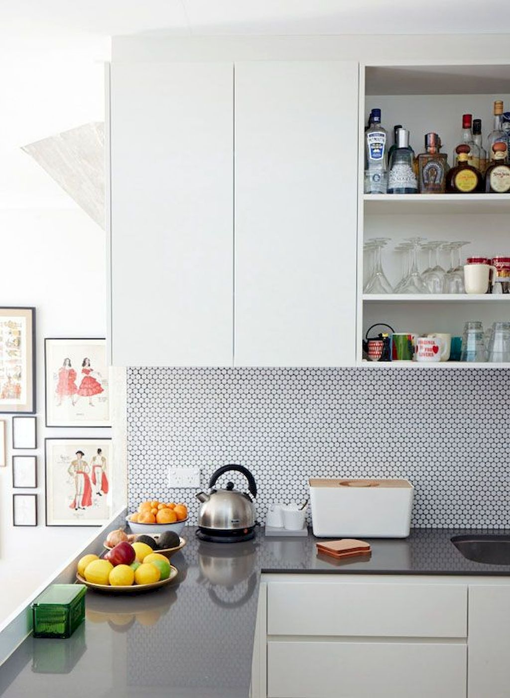 Bright Kitchen with White Kitchen Concept that Never Look Boring Part 2
