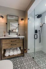 Stunning Small Bathroom Ideas On A Budget (17)