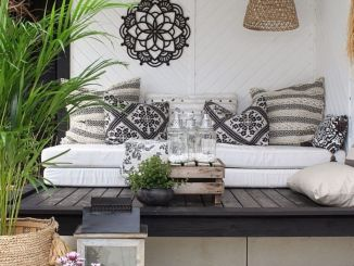 Back porch design ideas that perfect for every home as special space to make it anything you want Part (8)
