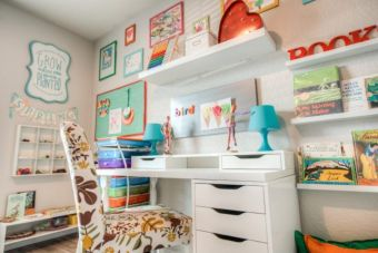 Clever DIY storage and organization ideas are effective for kids playing rooms Part 20