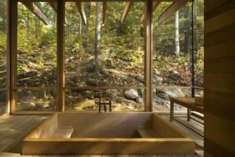 Outdoor showers and bath perfect for beach homes cabins and tropical climates Part 15