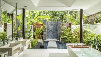 Outdoor showers and bath perfect for beach homes cabins and tropical climates Part 18