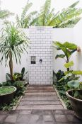 Outdoor showers and bath perfect for beach homes cabins and tropical climates Part 7