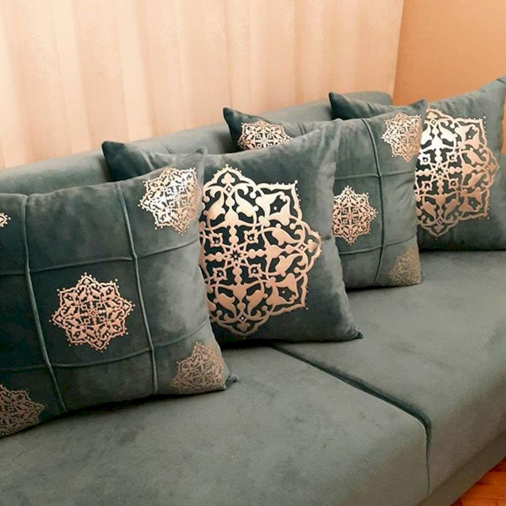 Artistic textile decorations with artsy pattern and print designs amazingly enhance wall display with strong eclectic home style Image 13