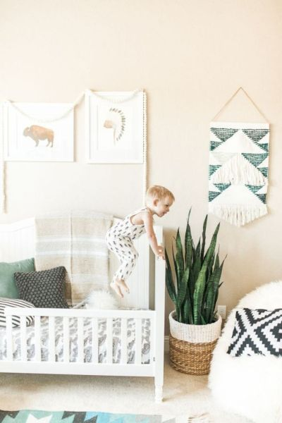Best collection of inspirational kids bedroom decor schemes that feature beautiful pastel color palettes and unisex kids room ideas Image 6