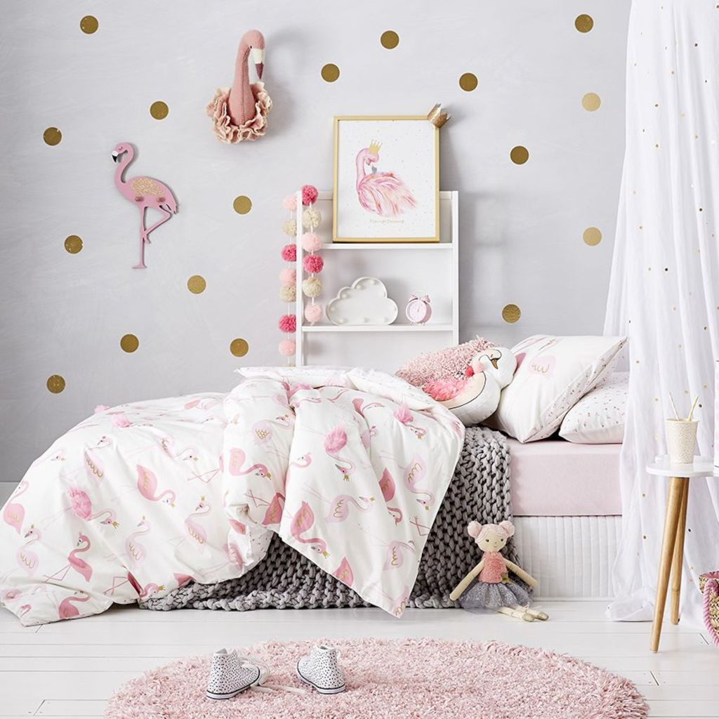 Cozy chic kids bedrooms with a modern touching style that are very lovely with pastel color accent and beautiful decoration Image 10