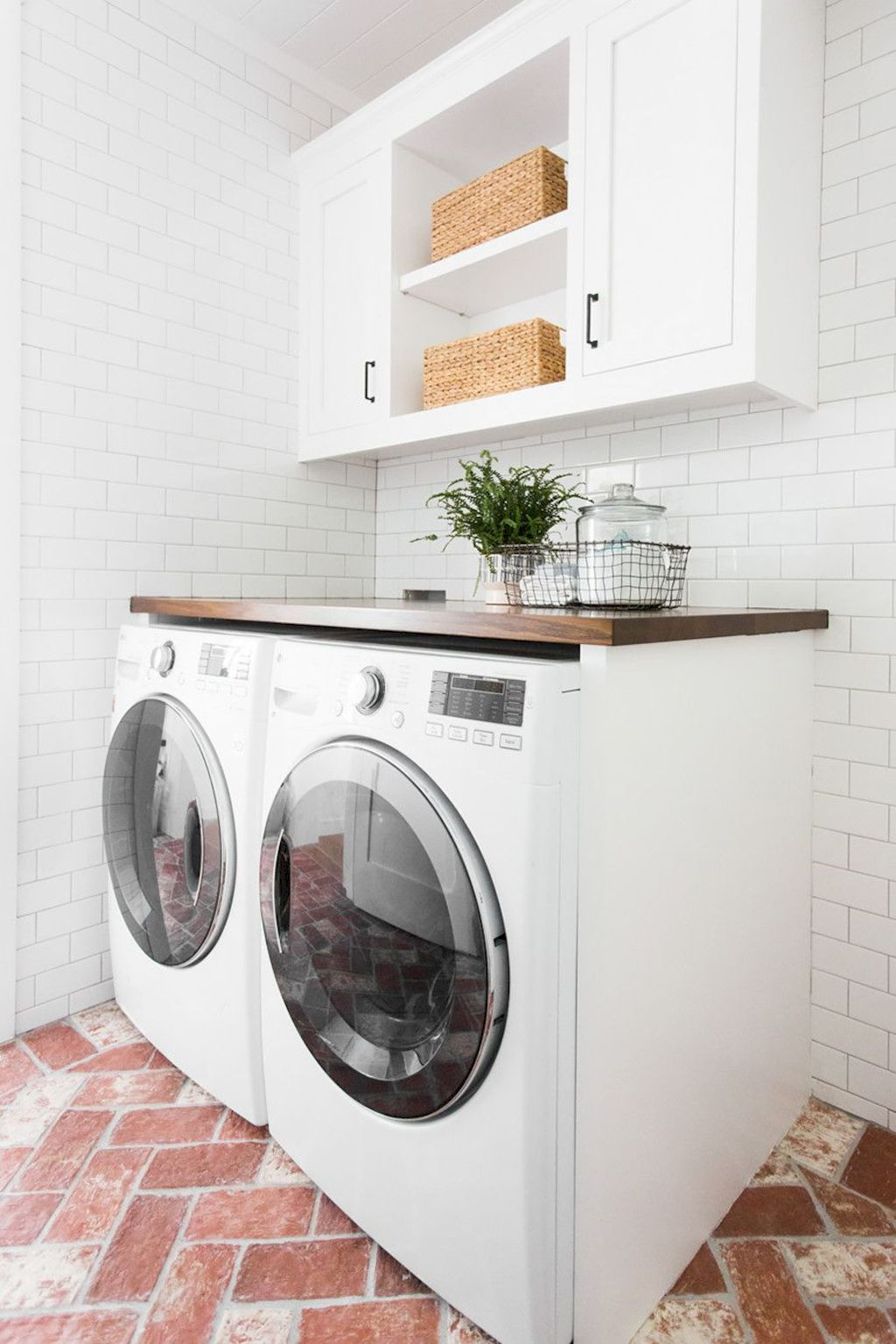 Easy tricks to make a Scandinavian style laundry room which will give a perfect refreshment in simple and sleek designs Image 10