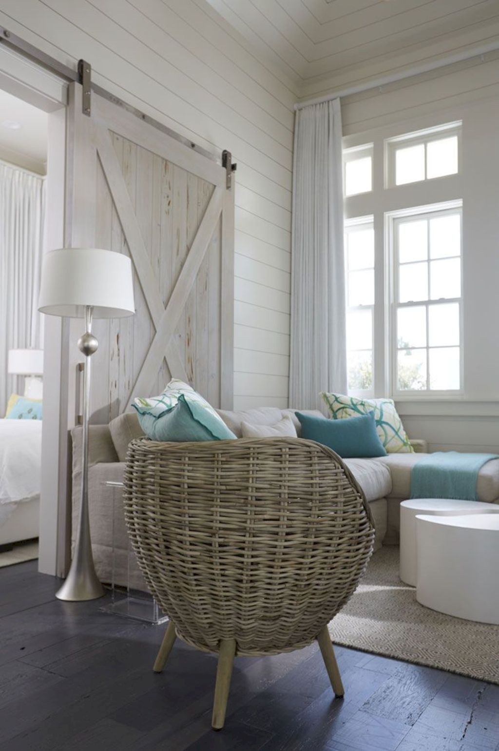 Refreshing home design with a coastal living theme and beach house style perfect inspirations for summer home updates Image 39