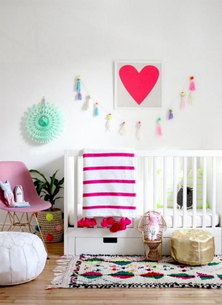 Shabby chic childrens rooms and nurseries with simple and beautiful decorations Image 25