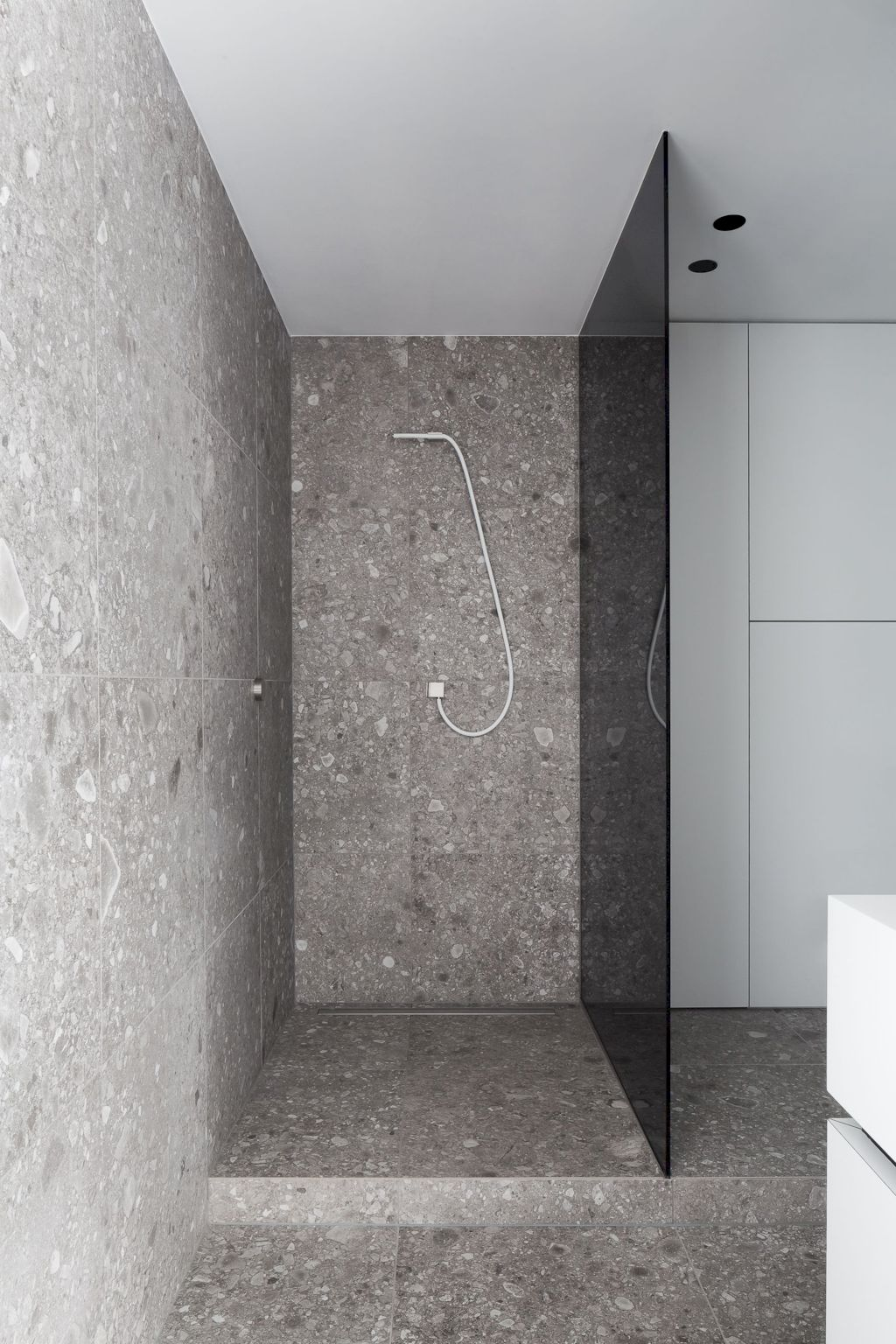 Terrazzo tiles used in bathroom renovation showing classical comeback that bring an artistic retro statement in your home Image 44