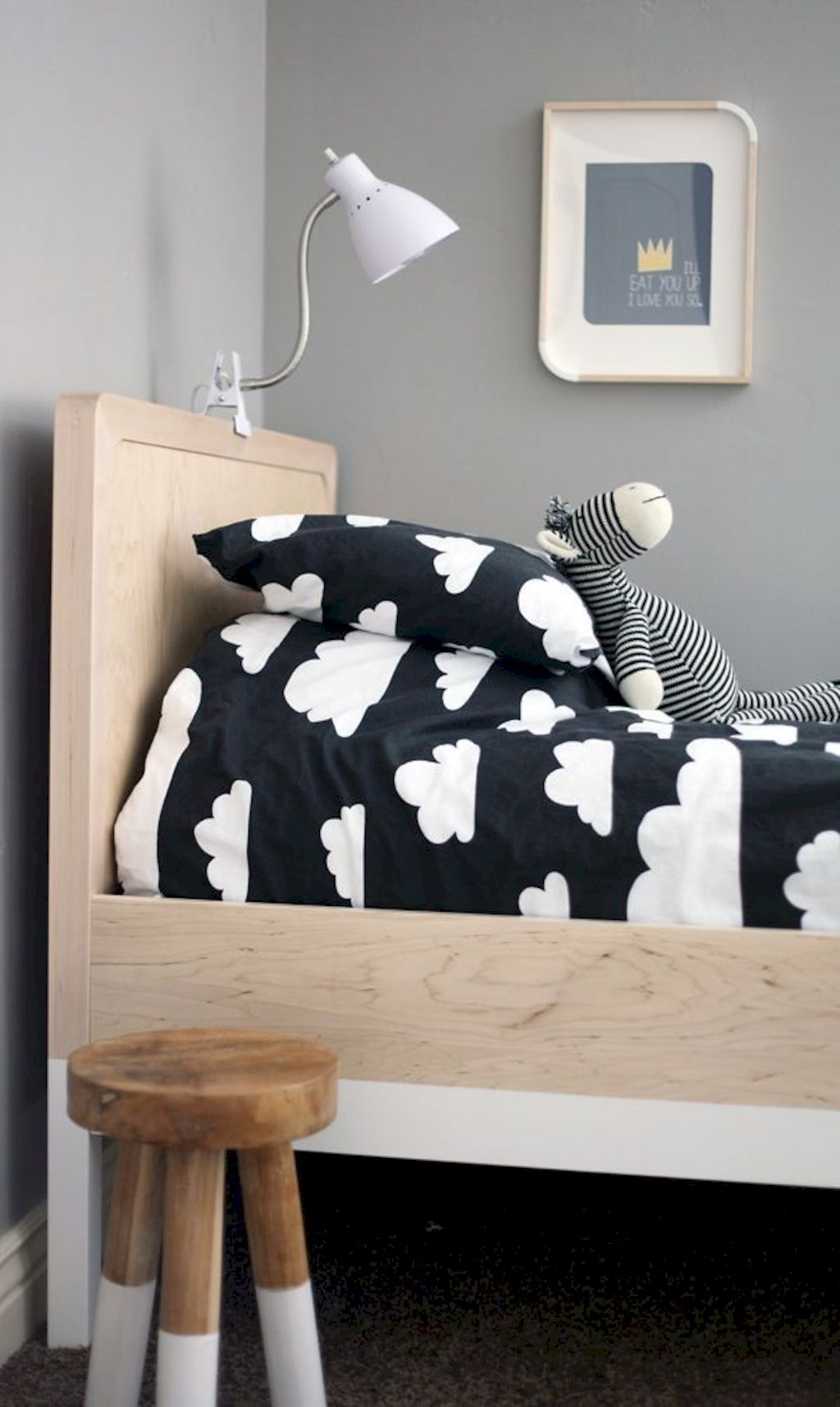 Warm and lovely kids bedroom decoration using a soft color combination showing a neutral scheme that looks beautiful and adorable Image 26