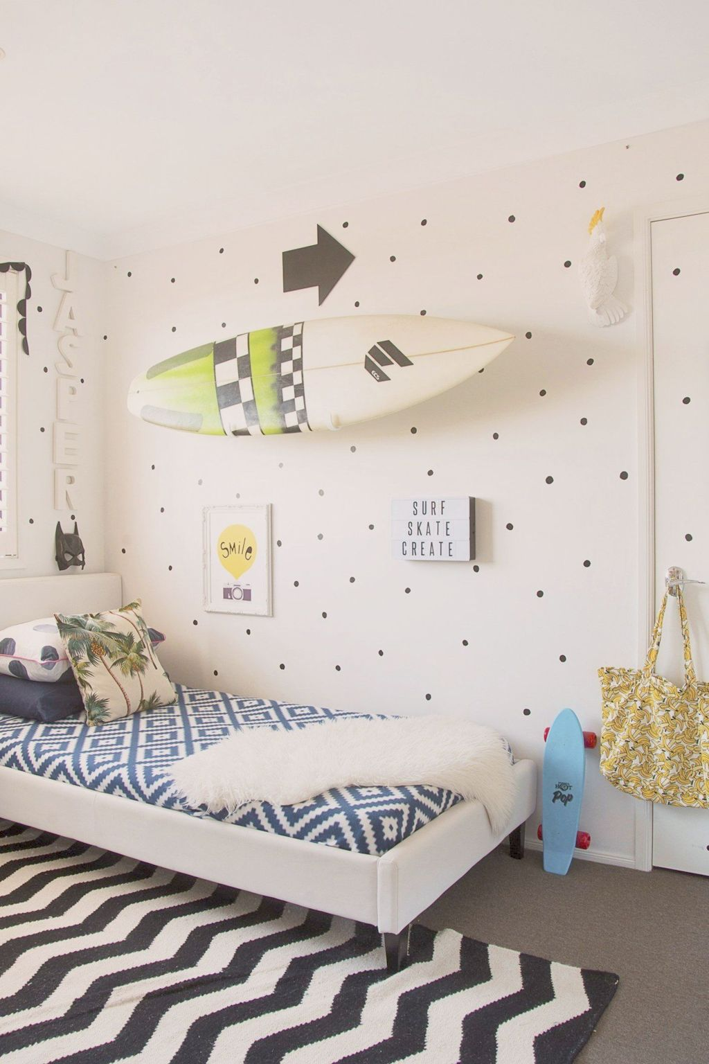 Warm and lovely kids bedroom decoration using a soft color combination showing a neutral scheme that looks beautiful and adorable Image 29