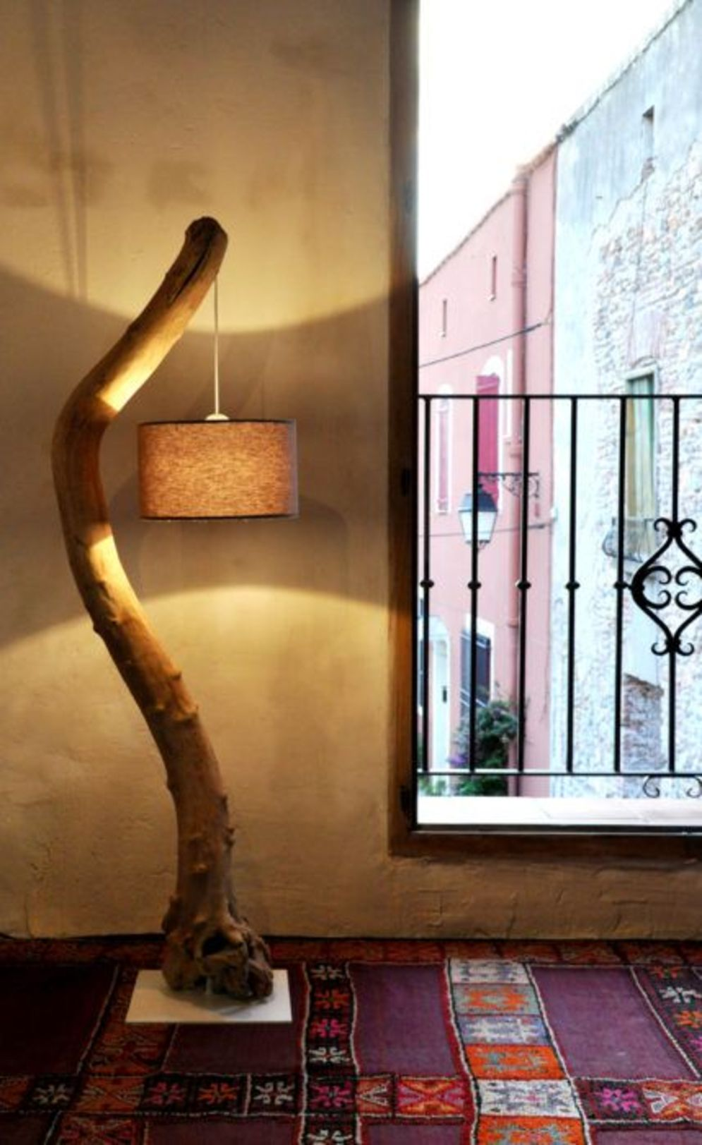 Awesome driftwood lamp stands giving authentic decoration in natural art style Image 8