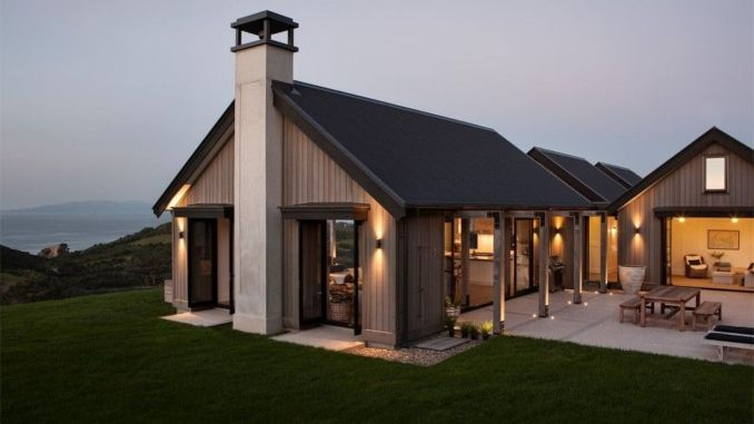 Countryside house with modern Farmhouse exterior design bringing up the traditional style in new classy look Image 1