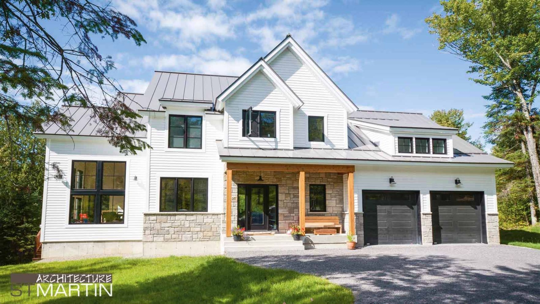 Countryside house with modern Farmhouse exterior design bringing up the traditional style in new classy look Image 4