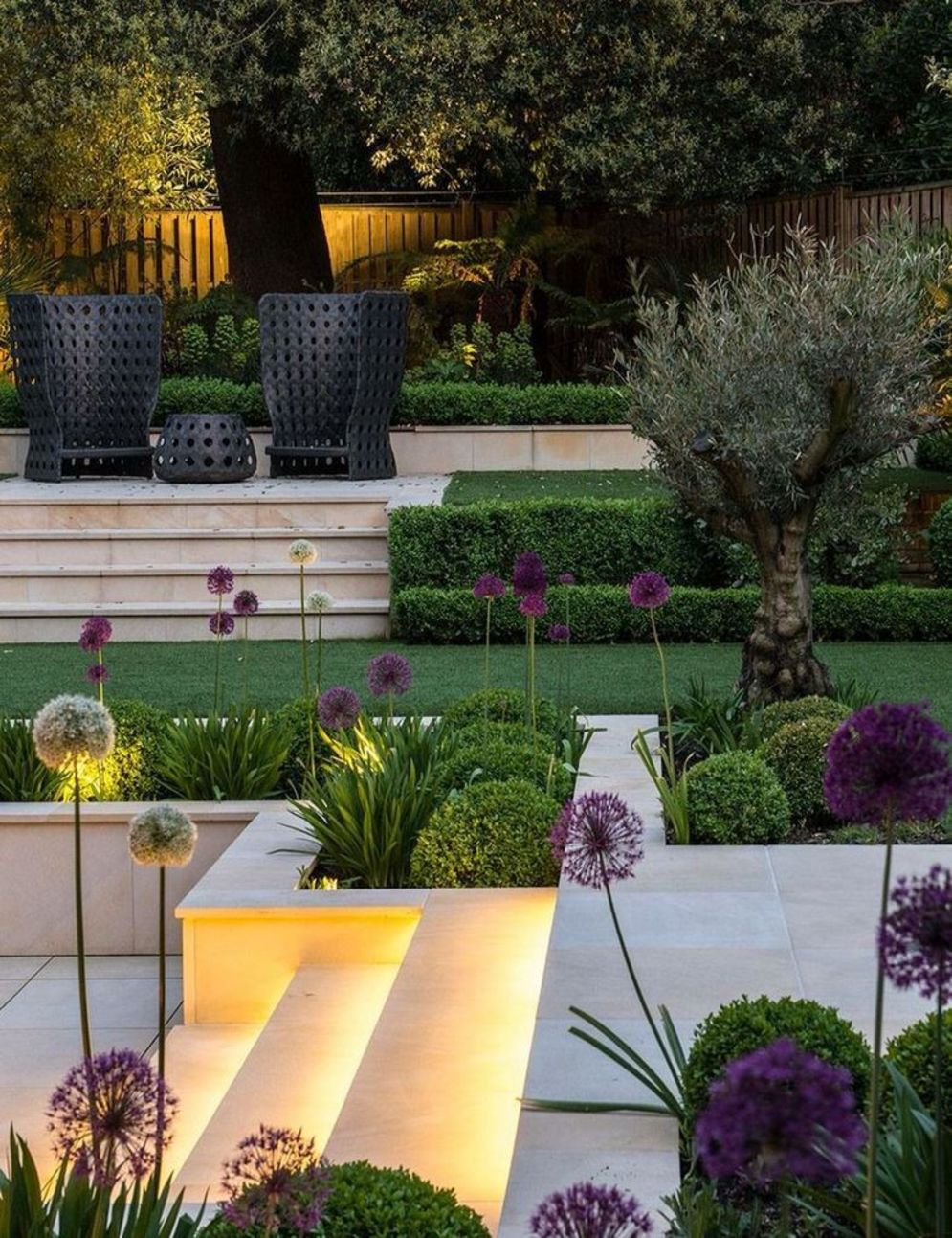 Beautiful garden lighting ideas with ground level ambient light giving luxurious resorts look Image 11