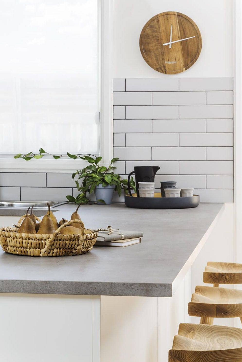 Modern kitchen updates using efficient concrete benchtops to show sturdier interior display Image 29