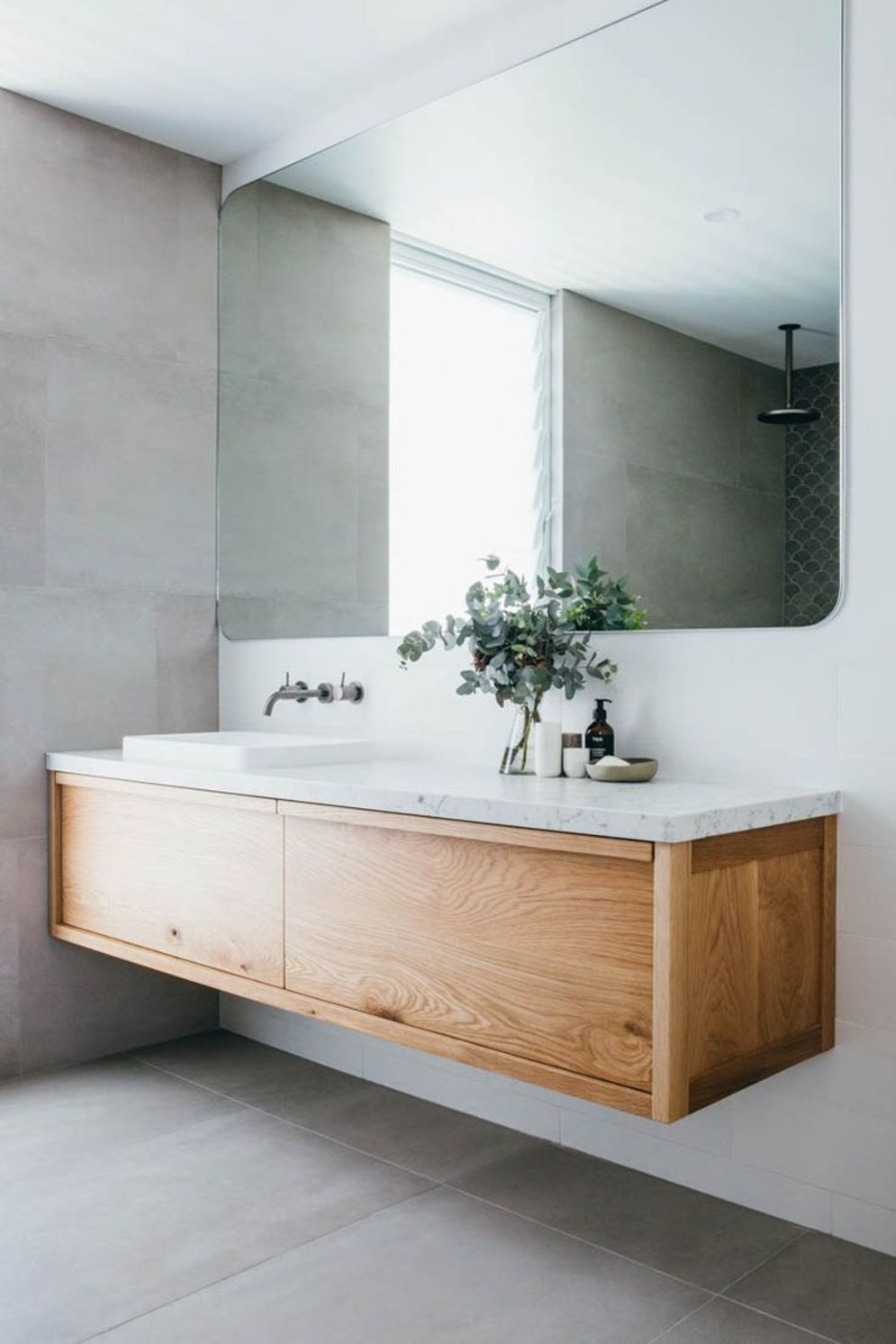 Most savvy bathroom designs with elegant wood finish to give more natural feel Image 14