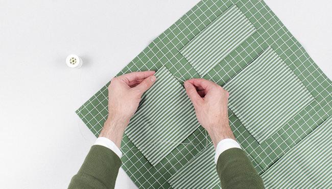 Tuto Un Rangement Mural Diy Pour La Salle De Bains Avec Les Crochets Resistants A L Eau Command Shake My Blog
