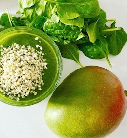 Mango smoothie met spinazie