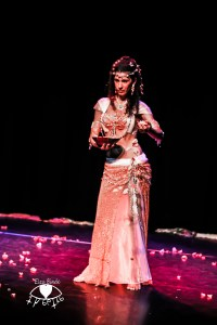 Belly Dance Sara - Roses