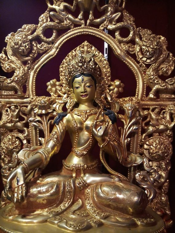white tara gold statue zoom1