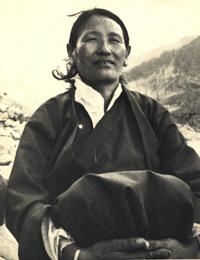Мама Кхадро ла и её духовный наставник