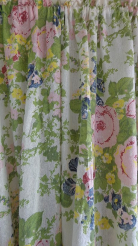 The Goodwill curtain love