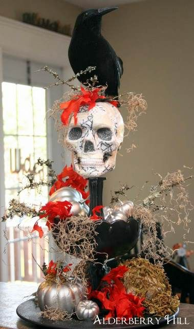 Halloween centerpiece from Alderberry Hill.com Via Shalavee.com Most pinned on Pinterest 2013