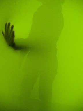 hand in green