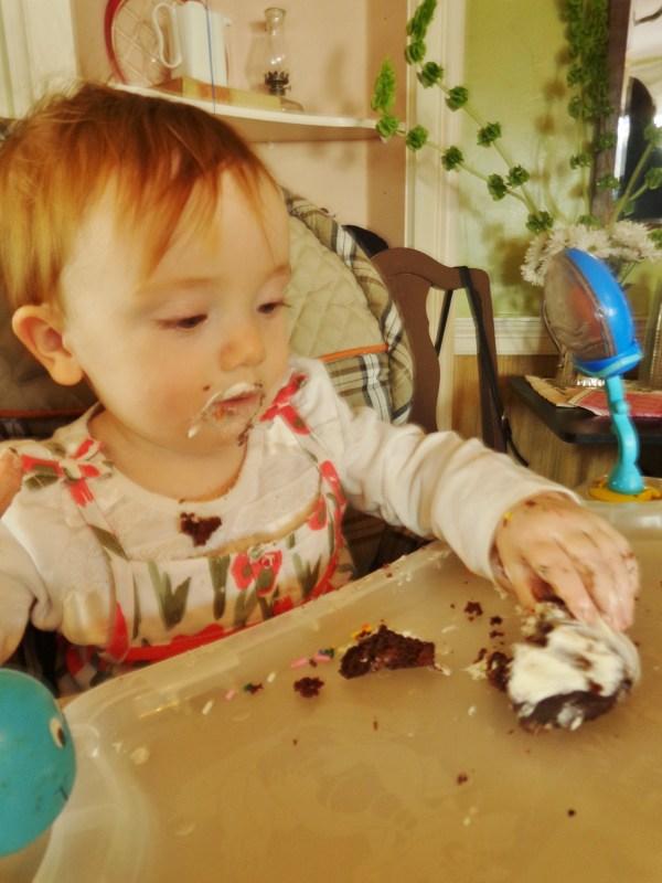 Fiona's birthday cupcake on Shalavee.com