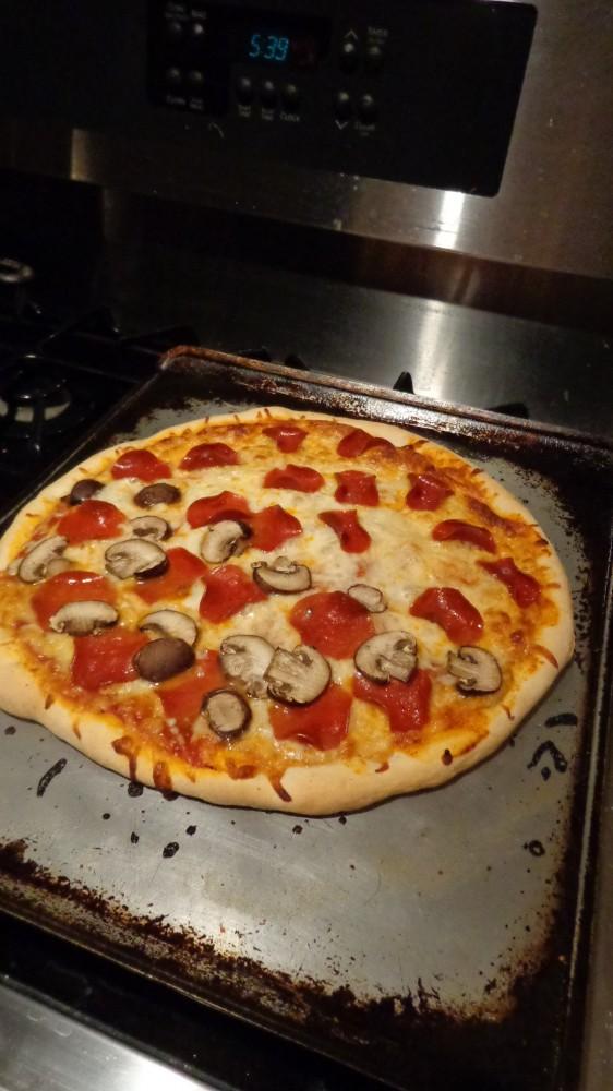 homemade pizza on Shalavee.com