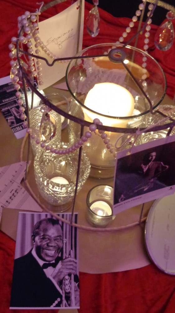 table top decorations for the UU Review on Shalvee.com