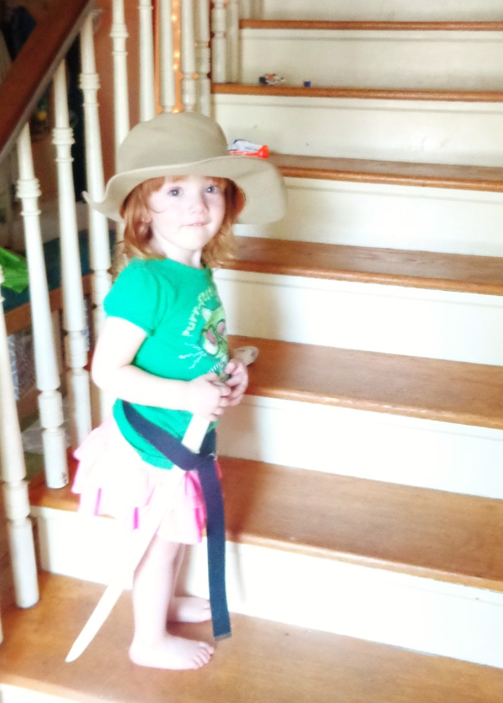 cowgirl Fiona at the stairs on Shalavee.com