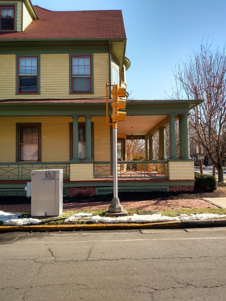 House in Easton on SHalavee.com
