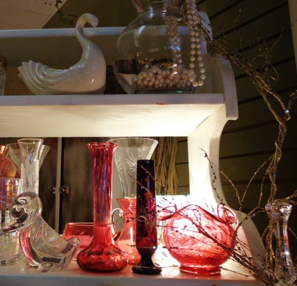 antiques at Moonvine on Shalavee.com