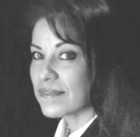 Gloria Leal