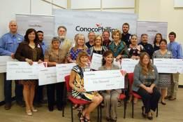 Conocophillips presents grant to Karnes County recipients