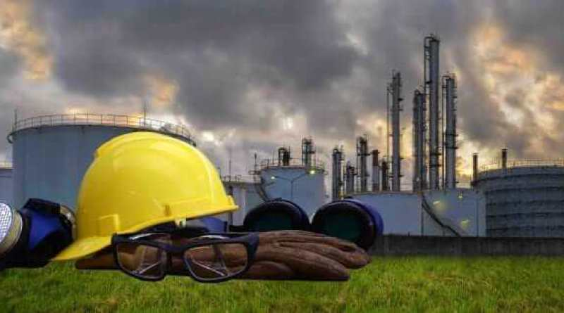 Oil ,Refinery ,Power work Safety helmet .